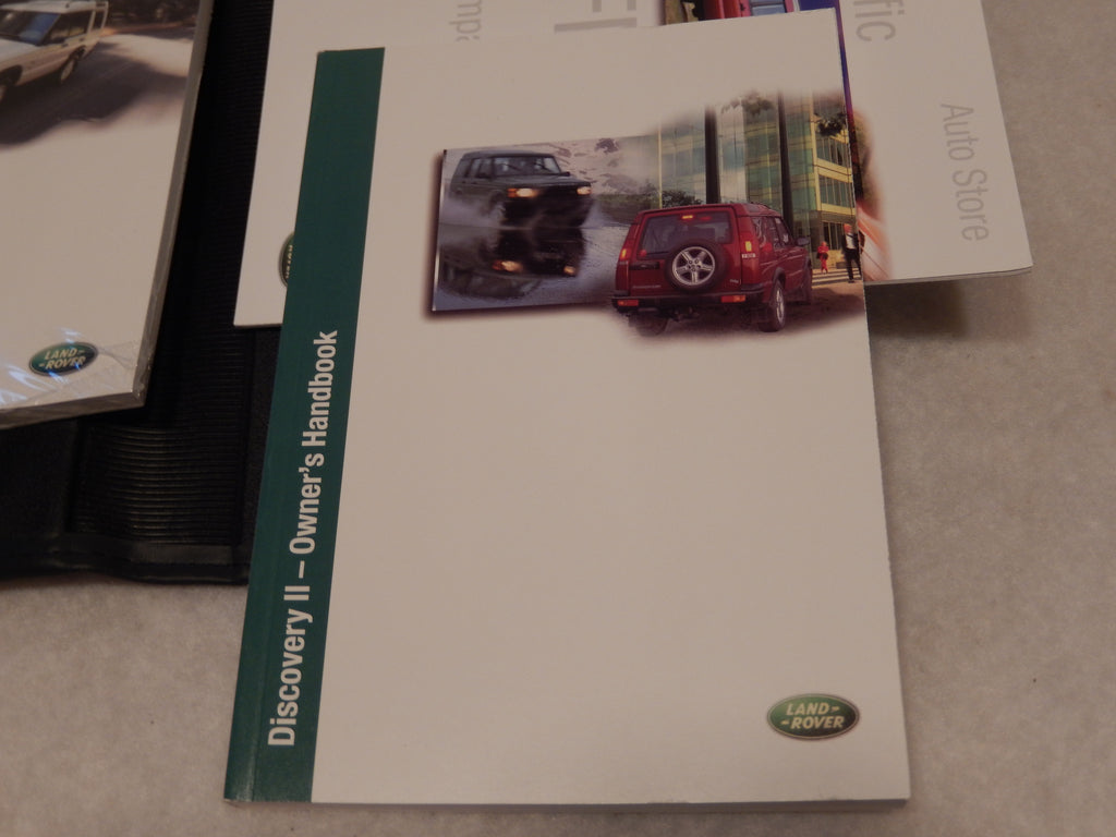 Land Rover Discovery 2002 OEM , NOS Owners Manual Folio