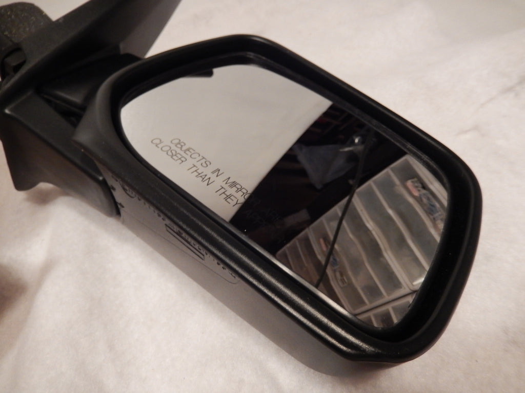 Range Rover P-38 NOS Passengers Side Heated Exterior Mirror 00-02