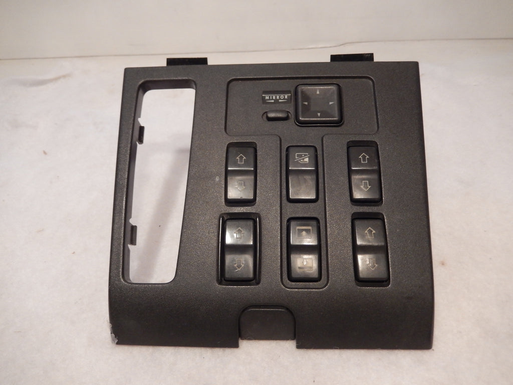 Range Rover P-38 OEM Console Master Switch Panel