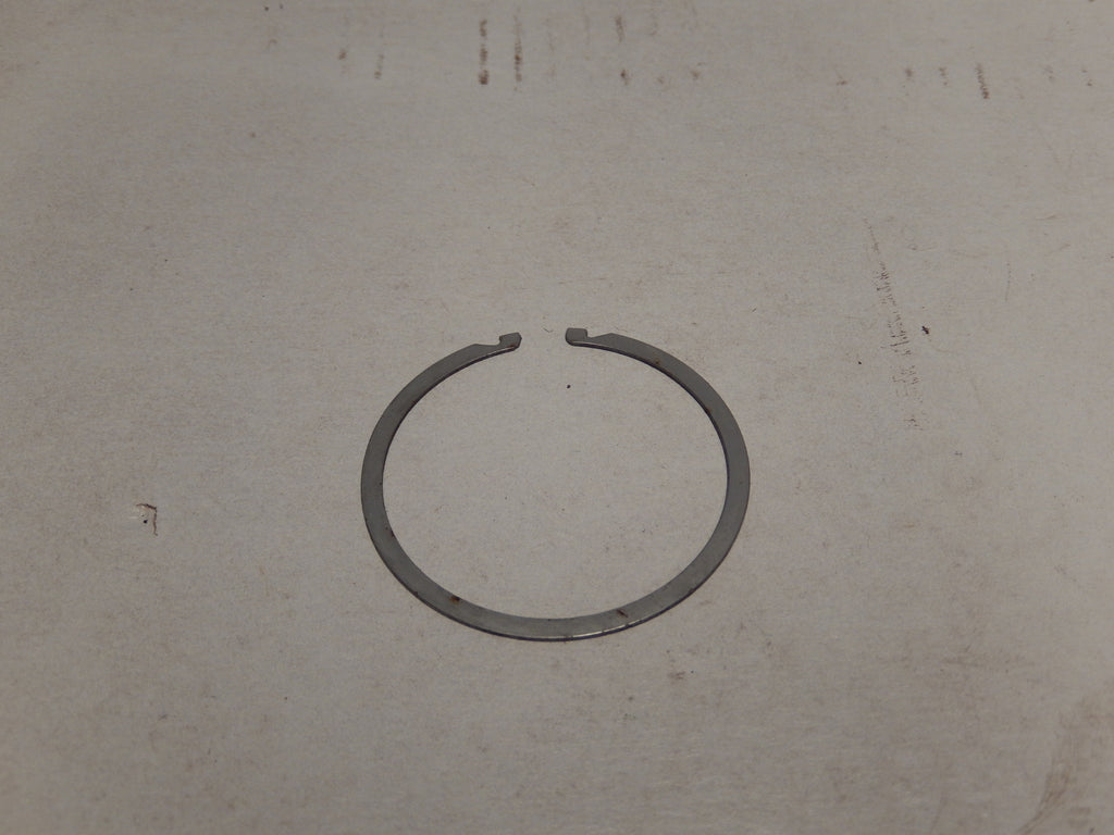 Maserati Quattroporte Three Wheel Cap Ring Clip