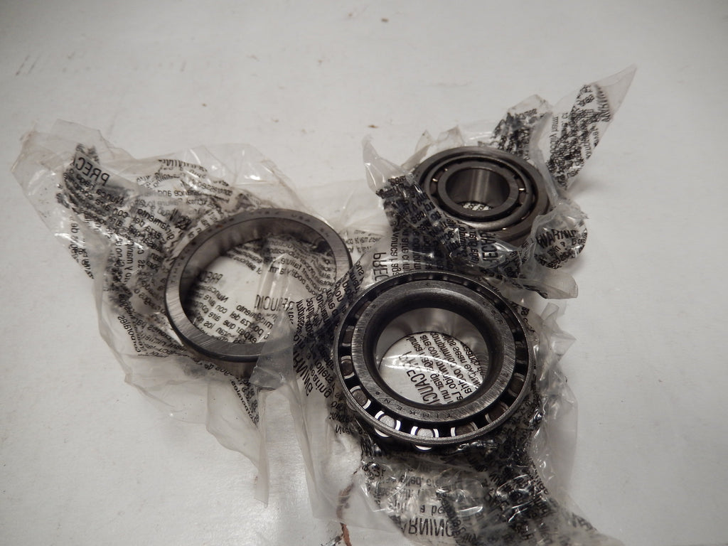 Maserati Quattroporte Three New Front Hub Spindle Bearing Set