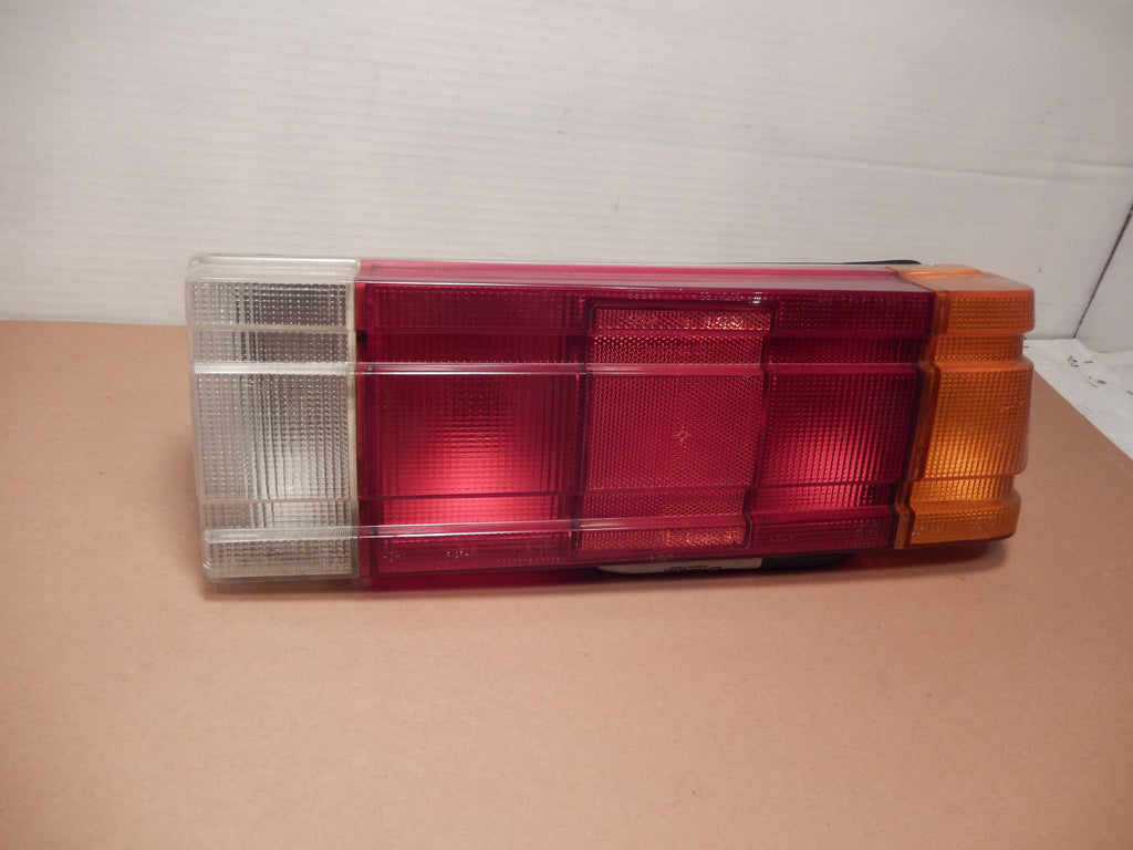 Maserati Biturbo Passengers Side Tail Light