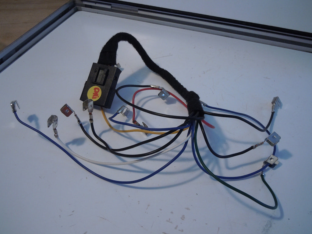 Maserati Wiring Harness The Portal And Forum Of Diagram Ford Windstar Trailer Quattroporte Drivers Tail Light Wire Rh Maseraticompound Com Automotive