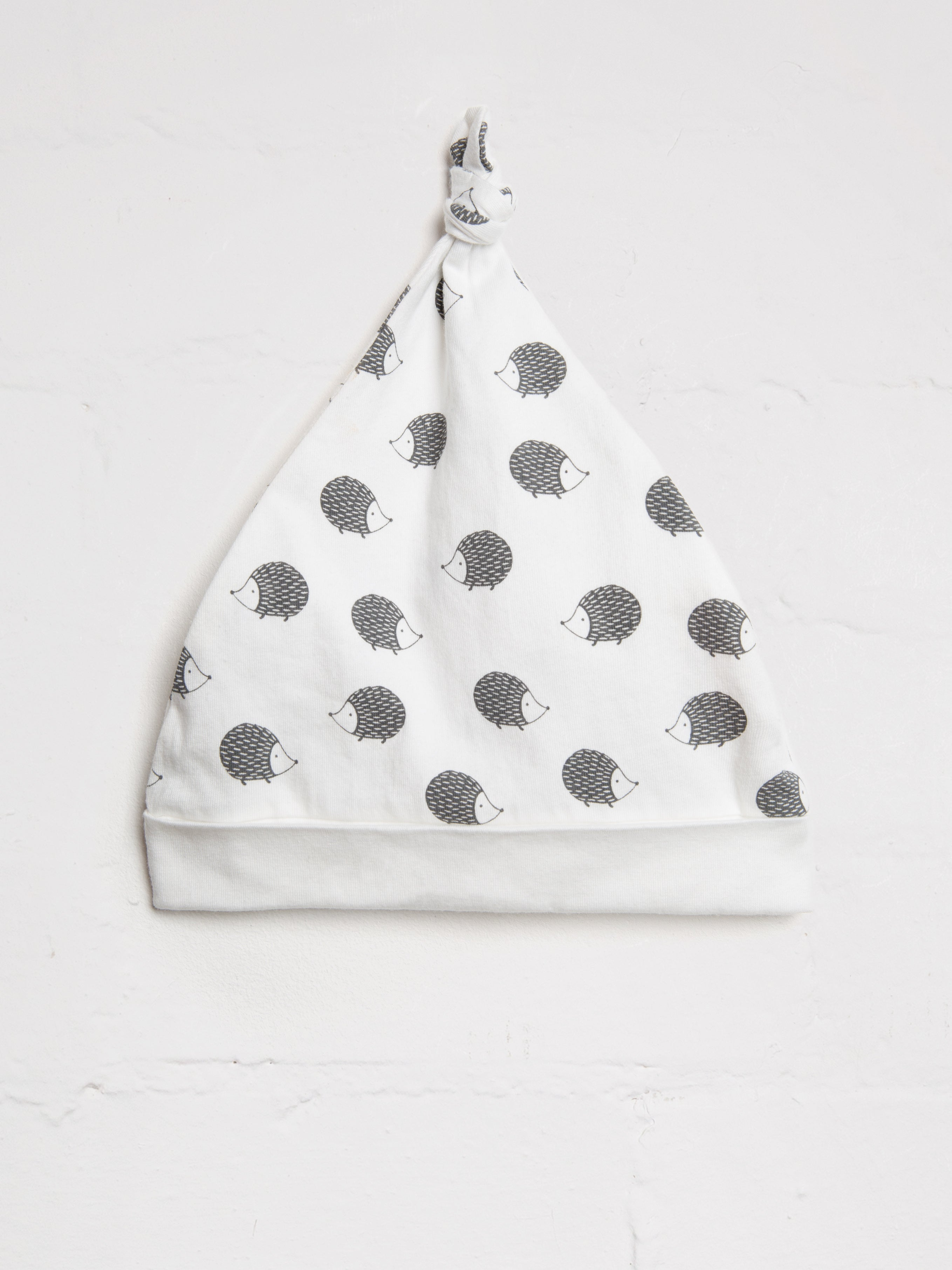 7bb4baf00e0 Hedgehog Knotted Hat
