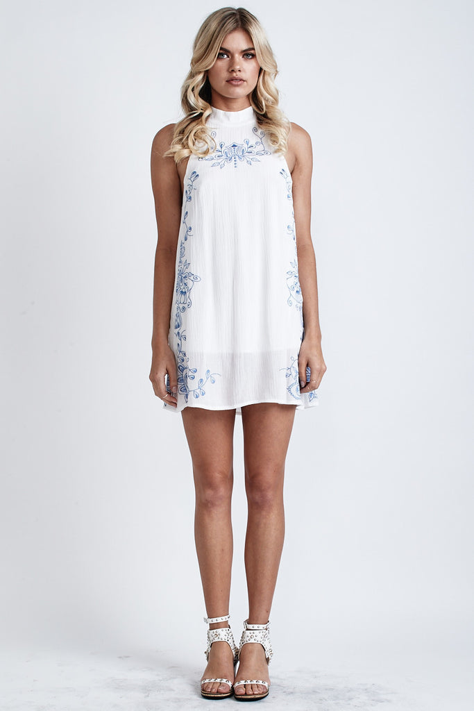 Secret Garden Embroidered Dress White/Blue