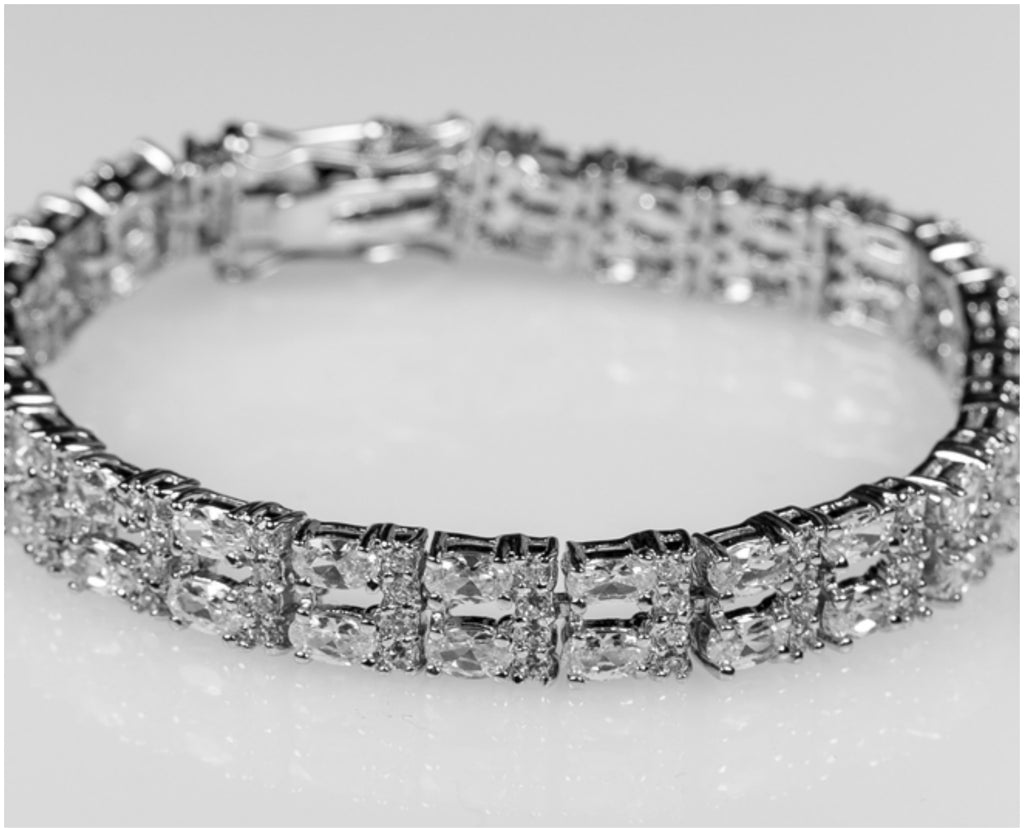 Tyisha Oval Statement Tennis Bracelet – 7.25in