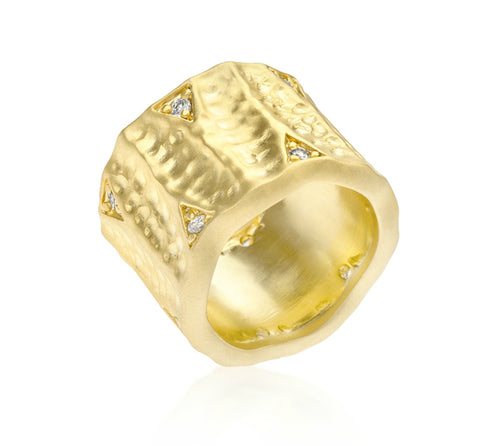 Emilia Textured Matte Golden Eternity Ring | 0.5ct | Cubic Zirconia | 18k Gold - Beloved Sparkles  - 1
