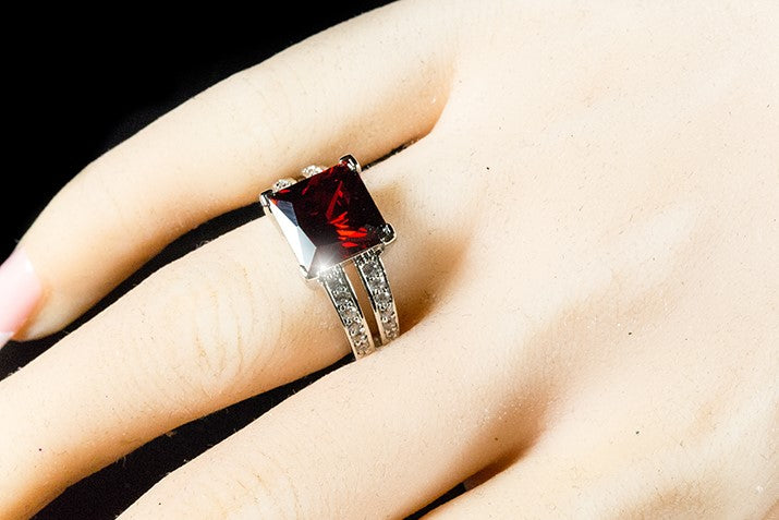 Lola Ruby Princess Cut Solitaire Cocktail Ring | 7.5ct | Cubic Zirconia | Silver