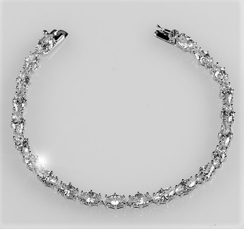 Paige Marquise Cut Tennis Bracelet – 7in | 20ct