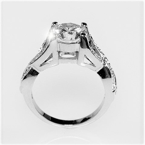 Fiora Brillant Twist Round Cut Engagement Ring | 4.5 Carat | Cubic Zirconia | Silver