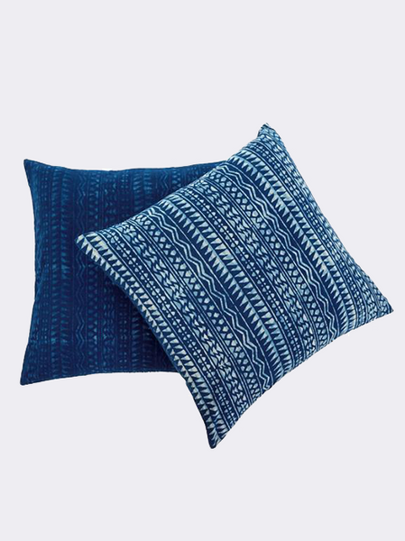 Poeliet Pillow