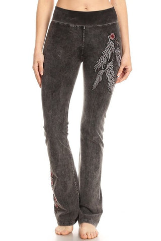T-Party Mineral Wash Embroidery Yoga Pants
