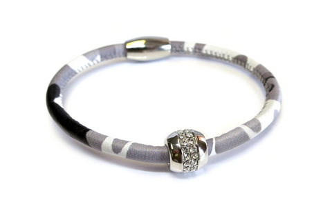 Liza Schwartz Good Karma Grey Camouflage Leather Bracelet
