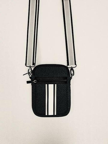 Haute Shore Casey Crossbody - Chic