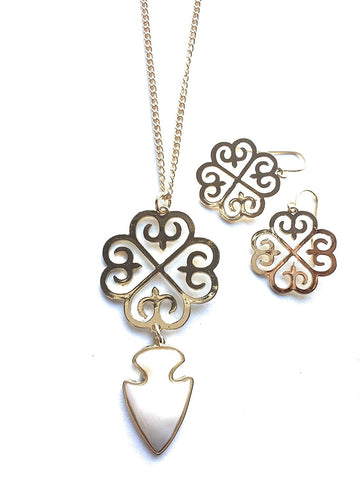 Gold Tone Metal Clover Shape with Ivory Tone Arrow Head Double Strand Necklace with Earrings
