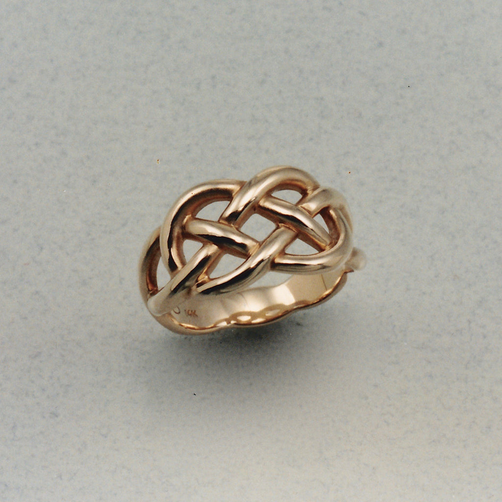 Celtic Lovers Knot Ring,Outlander Jewelry, Celtic Ring, Celtic Knot Ring, Celtic Designs, Celtic forms, Celtic Jewelry, Celtic Torc, Celtic Torque, Celtic Designs, Celtic Jewelery, Celtic Wedding Ring, Celtic Trinity Knot, Celtic Symbols, Celtic Crosses, Celtic Waterhorse, Celtic Pendants, Celtic Necklaces