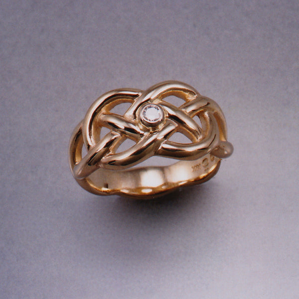 Celtic Lover's Knot Ring,Outlander Jewelry, Celtic Ring, Celtic Knot Ring, Celtic Designs, Celtic forms, Celtic Jewelry, Celtic Torc, Celtic Torque, Celtic Designs, Celtic Jewelery, Celtic Wedding Ring, Celtic Trinity Knot, Celtic Symbols, Celtic Crosses, Celtic Waterhorse, Celtic Pendants, Celtic Necklaces