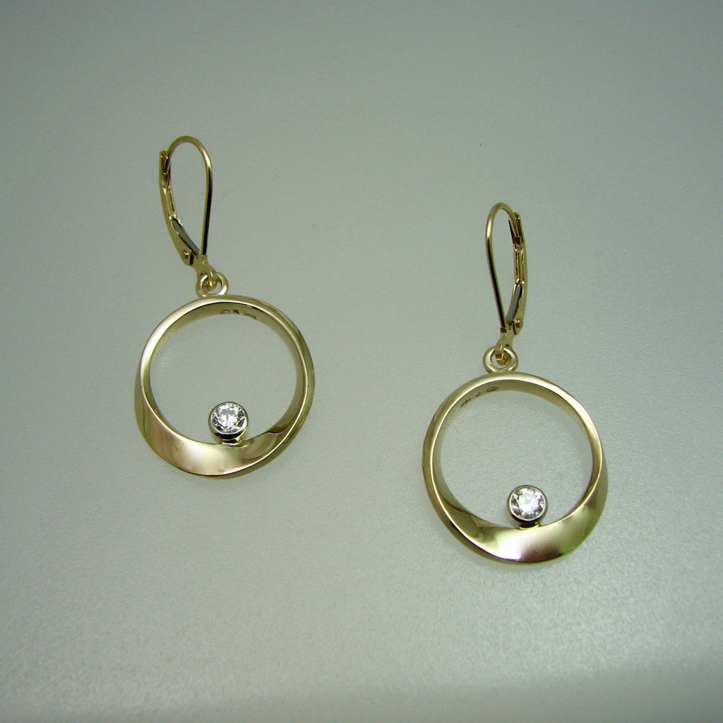 Mobius Drop Earrings w/diamonds