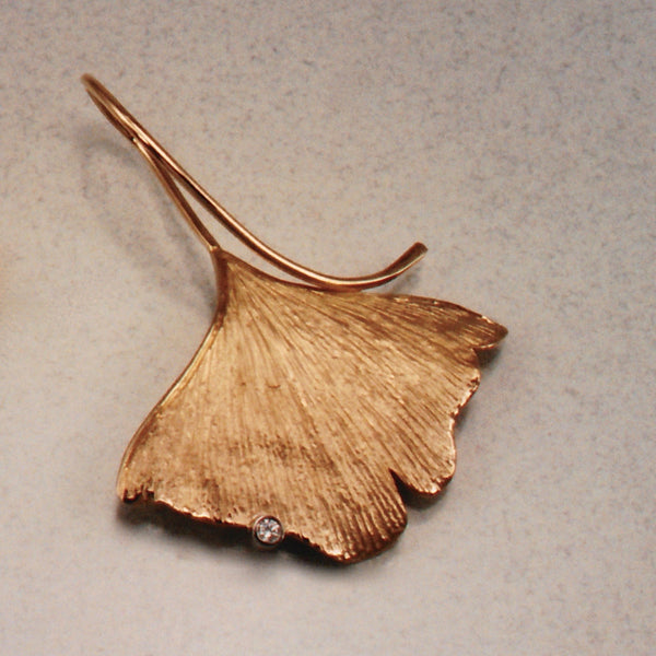 Ginko Leaf Pendant,Custom,custom jewelry designer,custom jewelry design, Handmade jewelry, handcrafted, fine jewelry designs, designer goldsmiths, unique jewelry designs, northwest jewelry, northwest jewelry designers, pacific northwest jewelry,