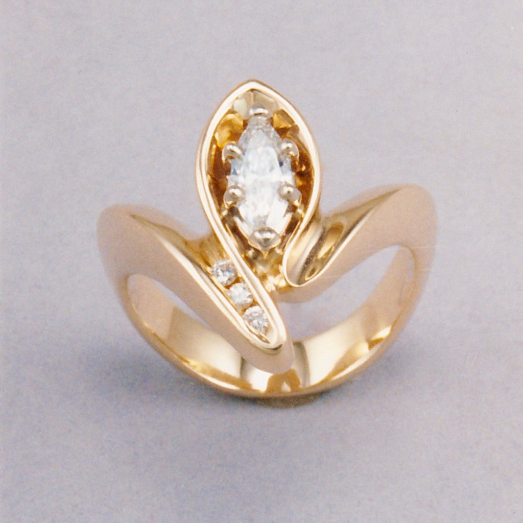 Arc Ladyslipper 2 Ring