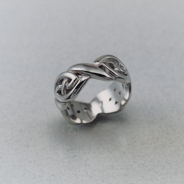 Lindisfarne Knot Ring