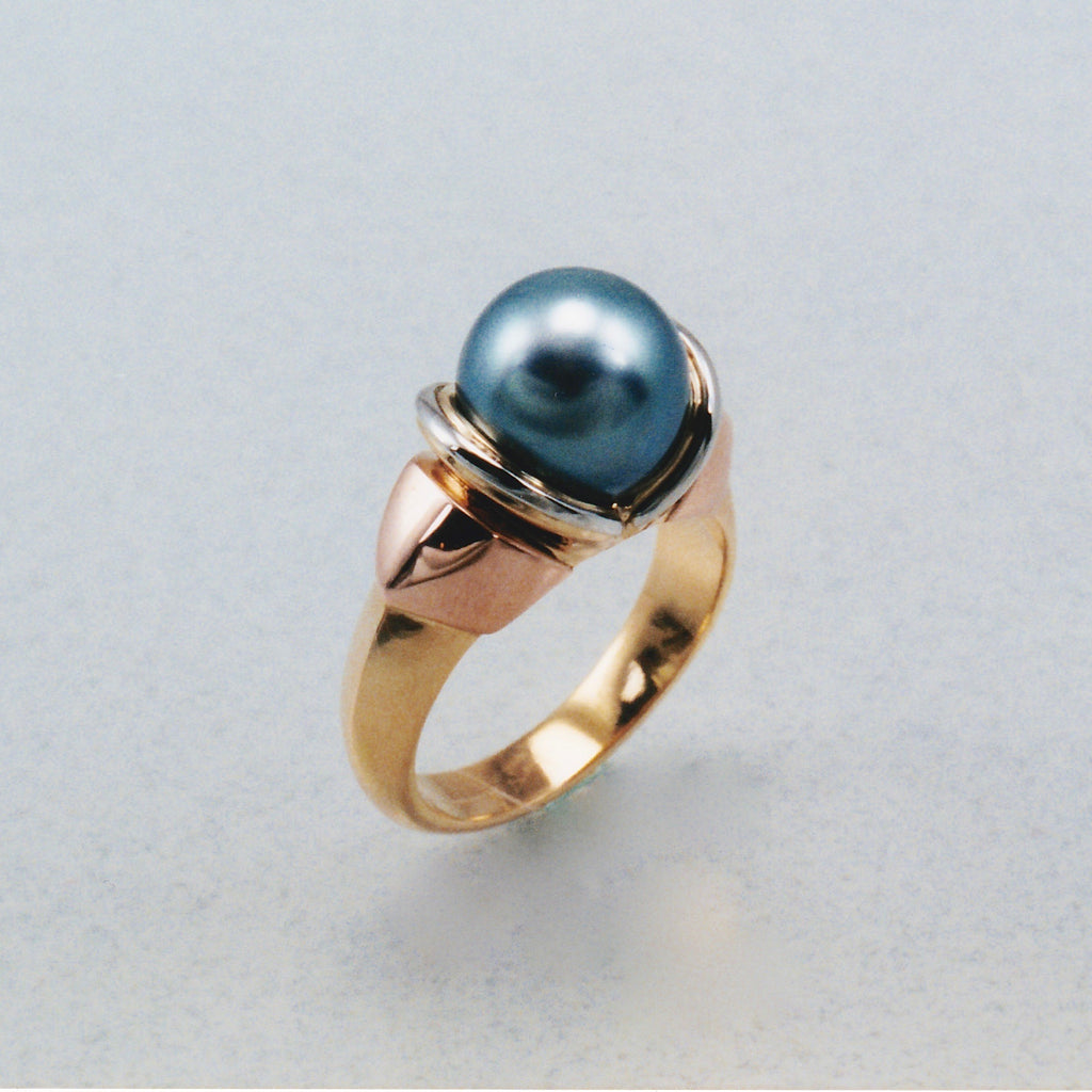 Custom Omega Pearl Ring