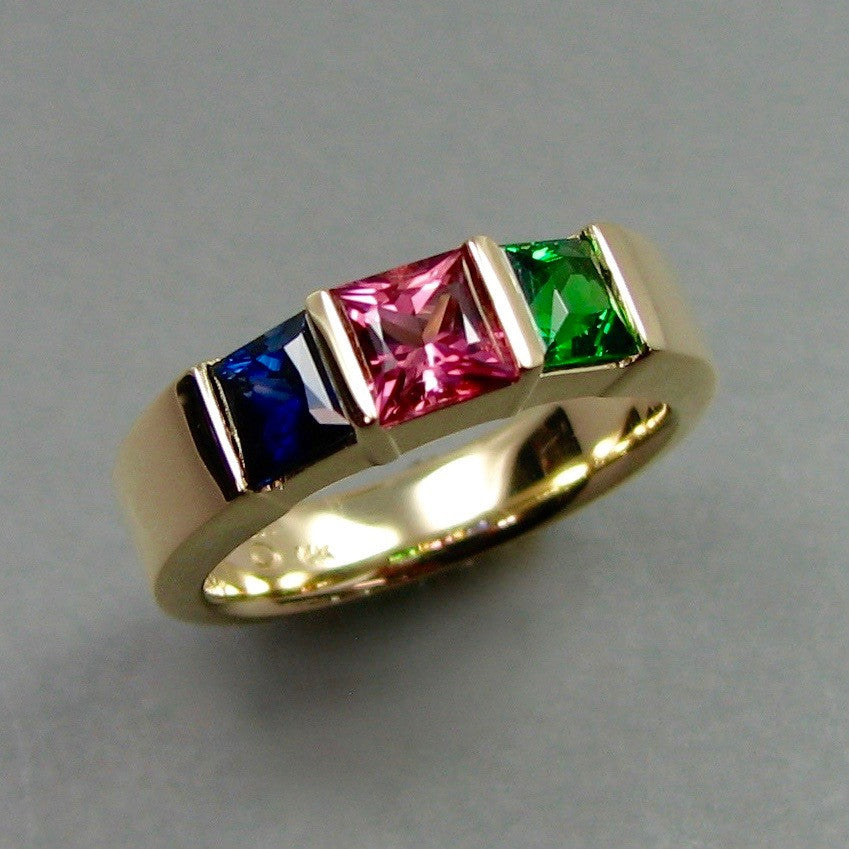 Mothers Ring,Custom,custom jewelry designer,custom jewelry design, Handmade jewelry, handcrafted, fine jewelry designs, designer goldsmiths, unique jewelry designs, northwest jewelry, northwest jewelry designers, pacific northwest jewelry,