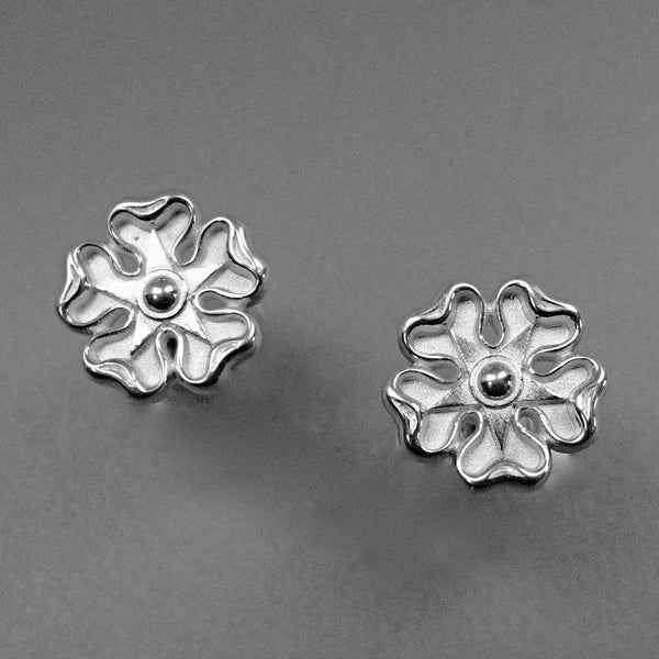 Jacobite Rose Earrings,Jacobite White Rose, Jacobite Jewelry, White Cockade, Scottish Jewelry, Outlander Jewelry, Celtic Ring, Celtic Knot Ring, Celtic Designs, Celtic forms, Celtic Jewelry, Celtic Torc, Celtic Torque, Celtic Designs, Celtic Jewelery, Celtic Wedding Ring, Celtic Trinity Knot, Celtic Symbols, Celtic Crosses, Celtic Waterhorse, Celtic Pendants, Celtic Necklaces