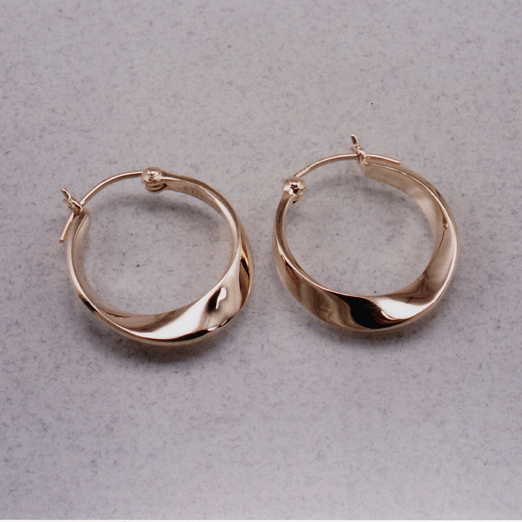 Möbius Earrings,Mobius Ring, Mobius Twist, Mobius Jewelry, Mobius Rings,Mobius Pendants, Mobius Necklace, Mobius Infinity, Moebius, Mobius Jewelry Design, Mobius Strip, Mobius Form, Mobius Loop, Mobius Circle