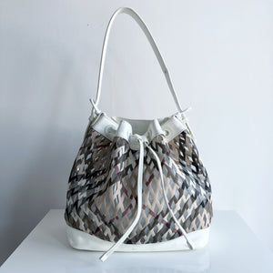 d25ef13cbbb0 Authentic BURBERRY White Patent Clear Check Bucket Bag – Valamode