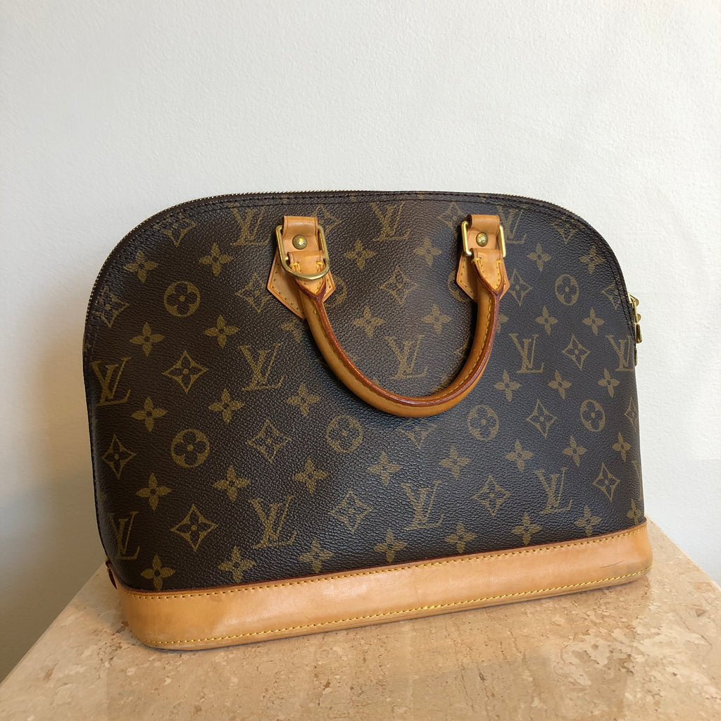 5e12e0315c1b Authentic LOUIS VUITTON Monogram Alma  1