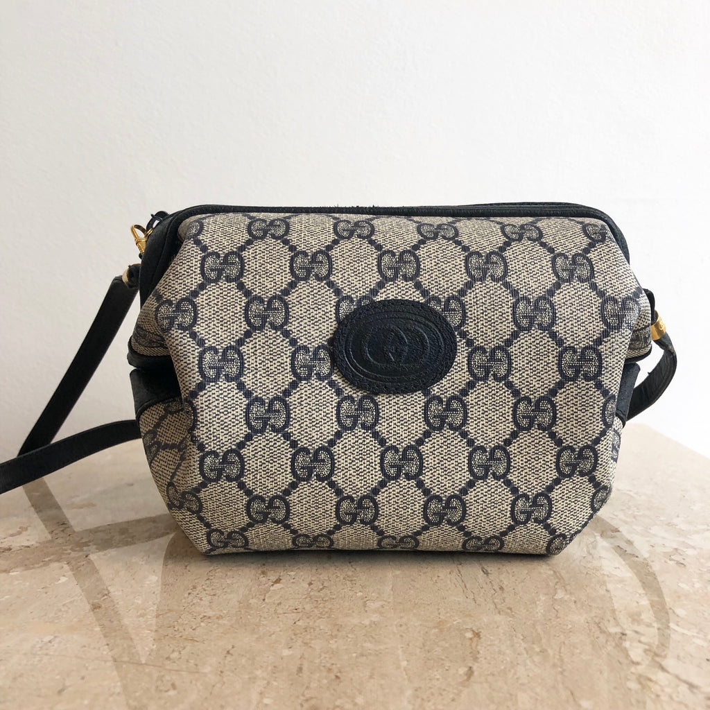 72fc233e91be Authentic GUCCI Vintage Shoulder Bag