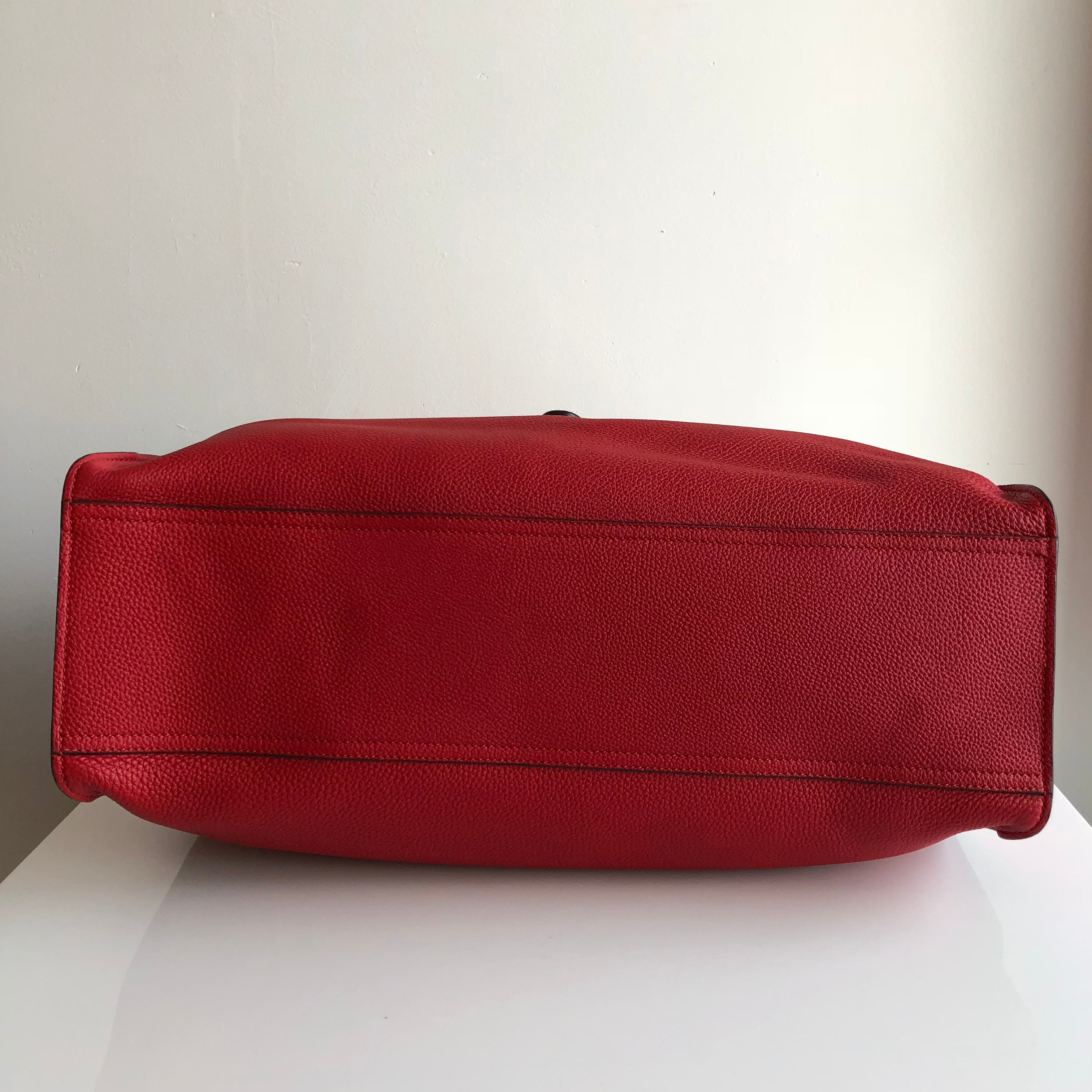 Authentic GUCCI Jacki Soft Large Leather Tote Red