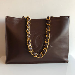 d3a070dafbdf Authentic CHANEL Large Lambskin Tote Shopper – Valamode