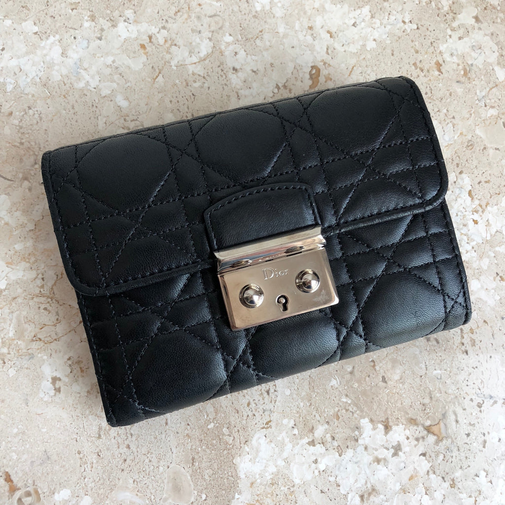 652b2cbbe262 Authentic CHRISTIAN DIOR Compact Wallet