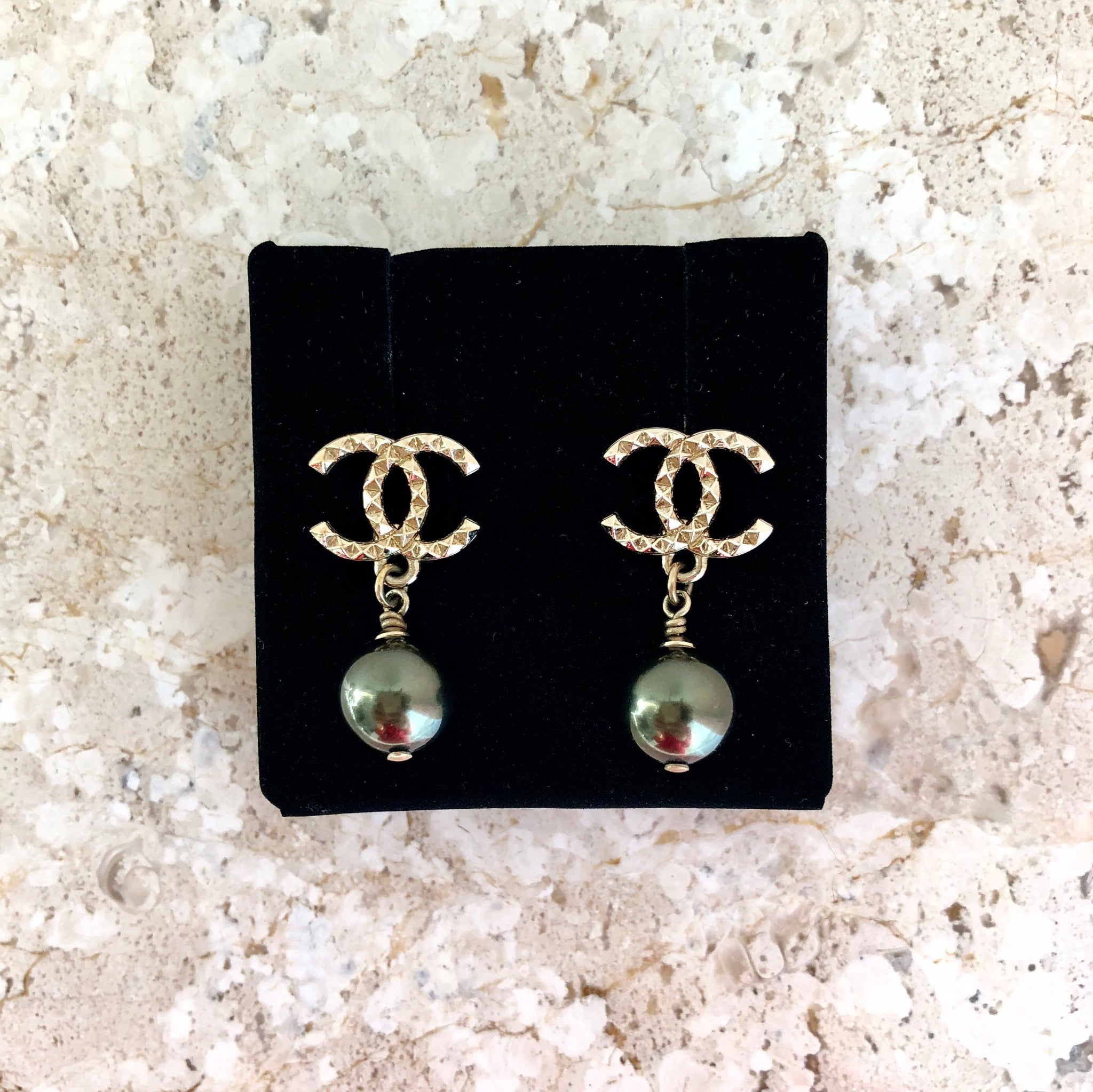 Authentic CHANEL Pearl Drop Earrings