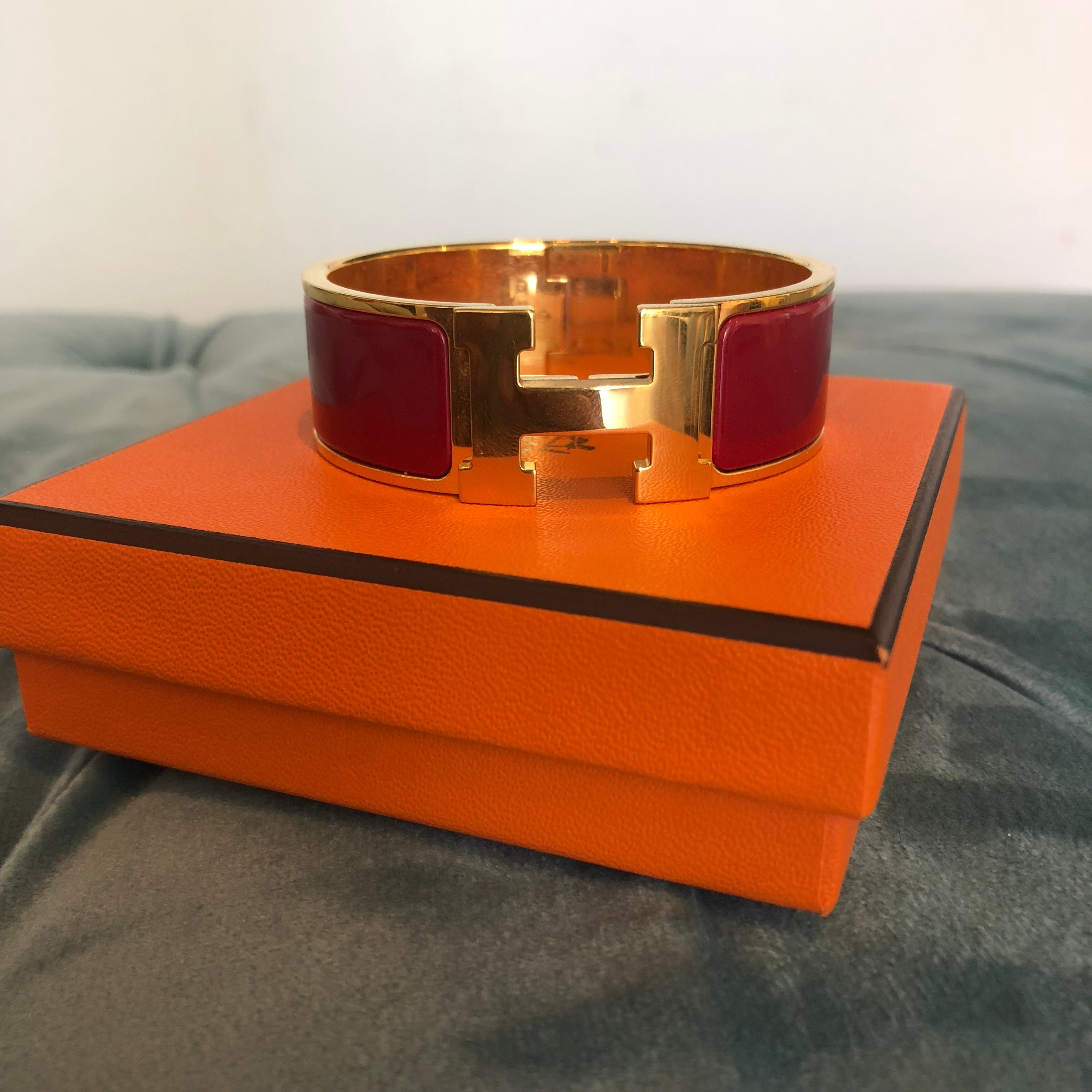Authentic HERMES Red w. Gold Hardware Clic Clac