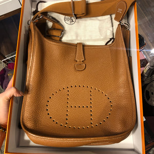 Authentic HERMES Evelyne clemence gold, size 29(PM)