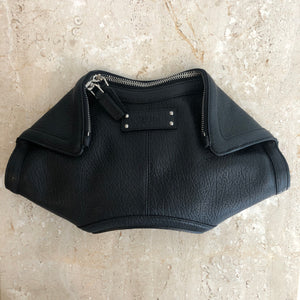 Authentic ALEXANDER MCQUEEN Small Manta Black Leather Clutch