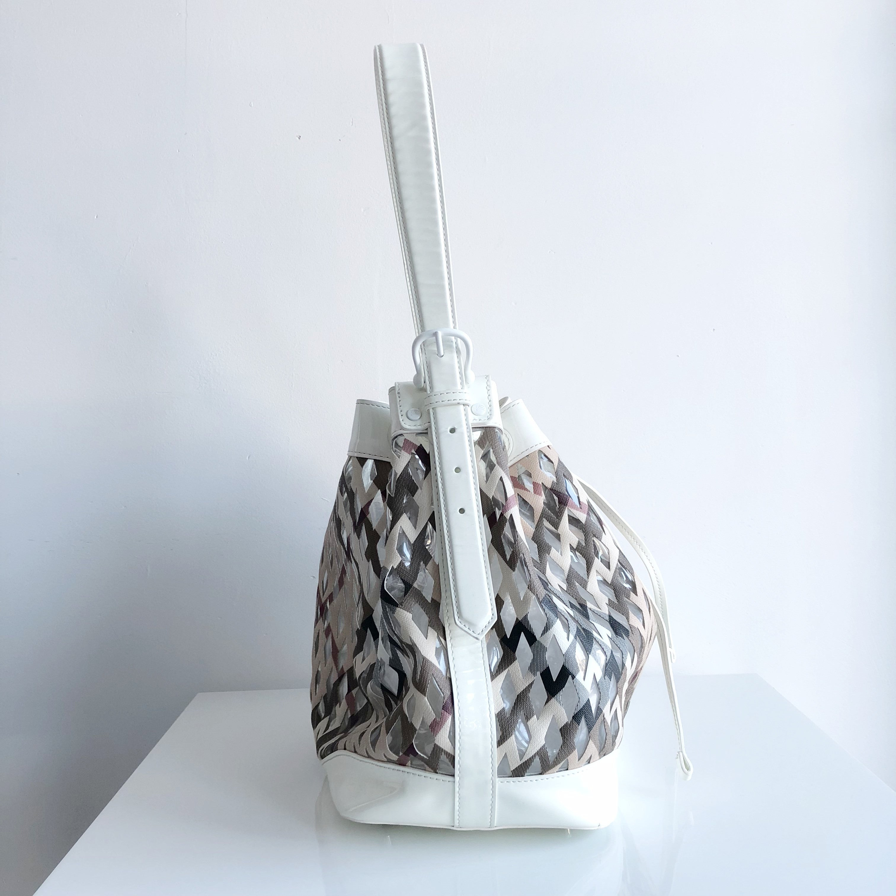 Authentic BURBERRY White Patent Clear Check Bucket Bag