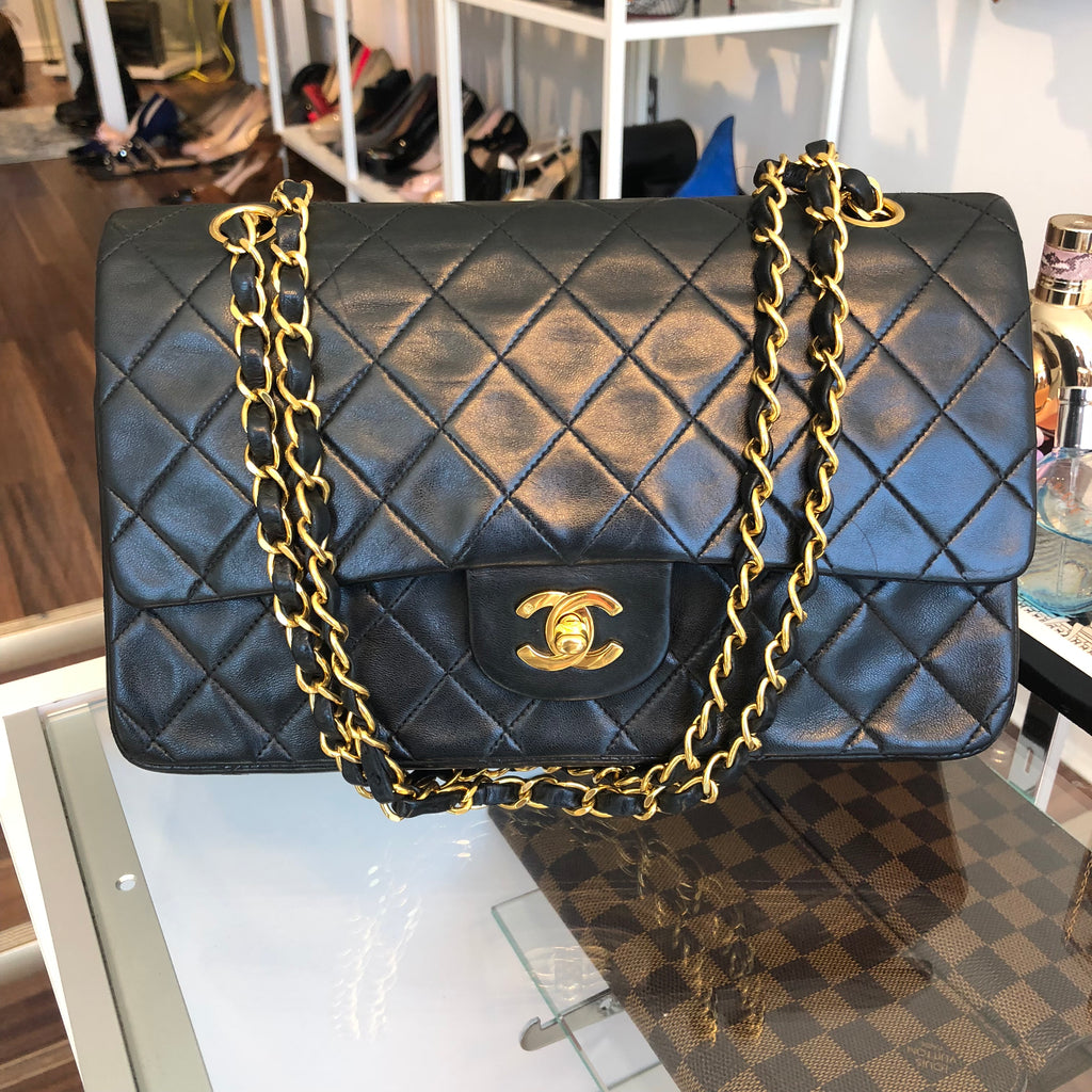 df127f6bb85cac Authentic CHANEL 10
