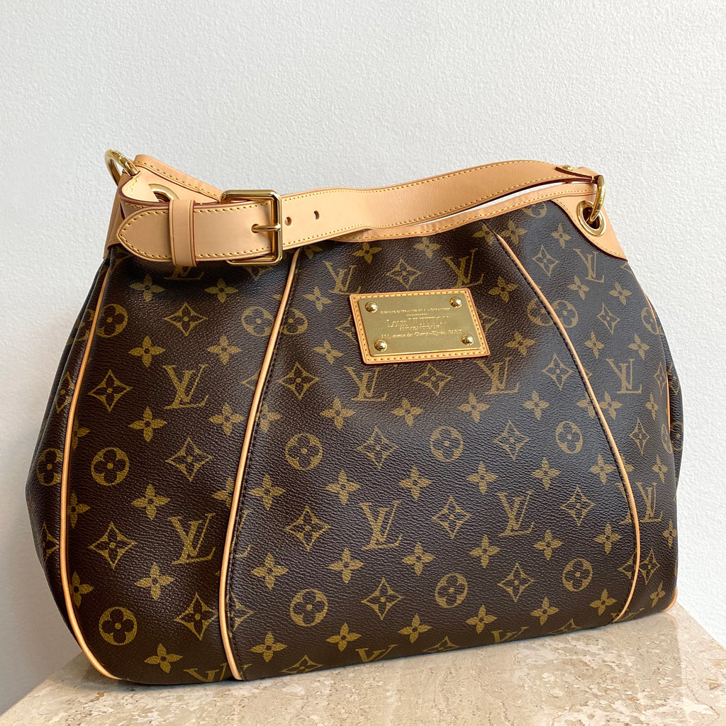 Authentic LOUIS VUITTON Monogram Galleria PM