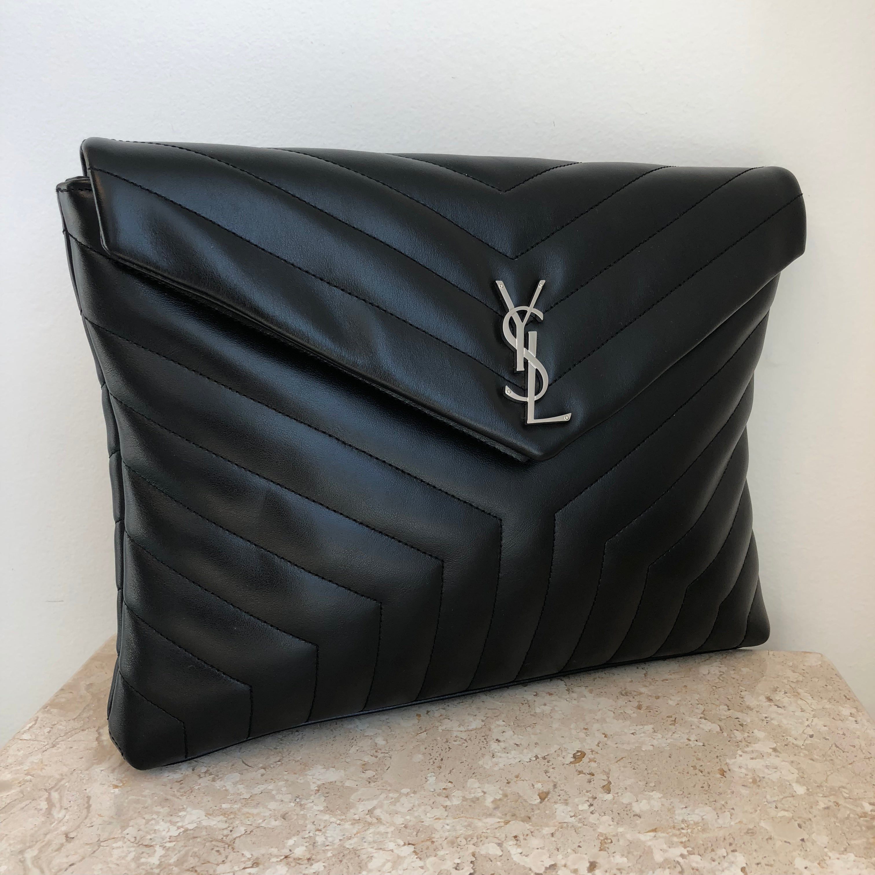 discount price real deal how to find Authentic YVES SAINT LAURENT Envelope Clutch – Valamode