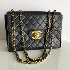 Authentic CHANEL Vintage Lambskin Jumbo