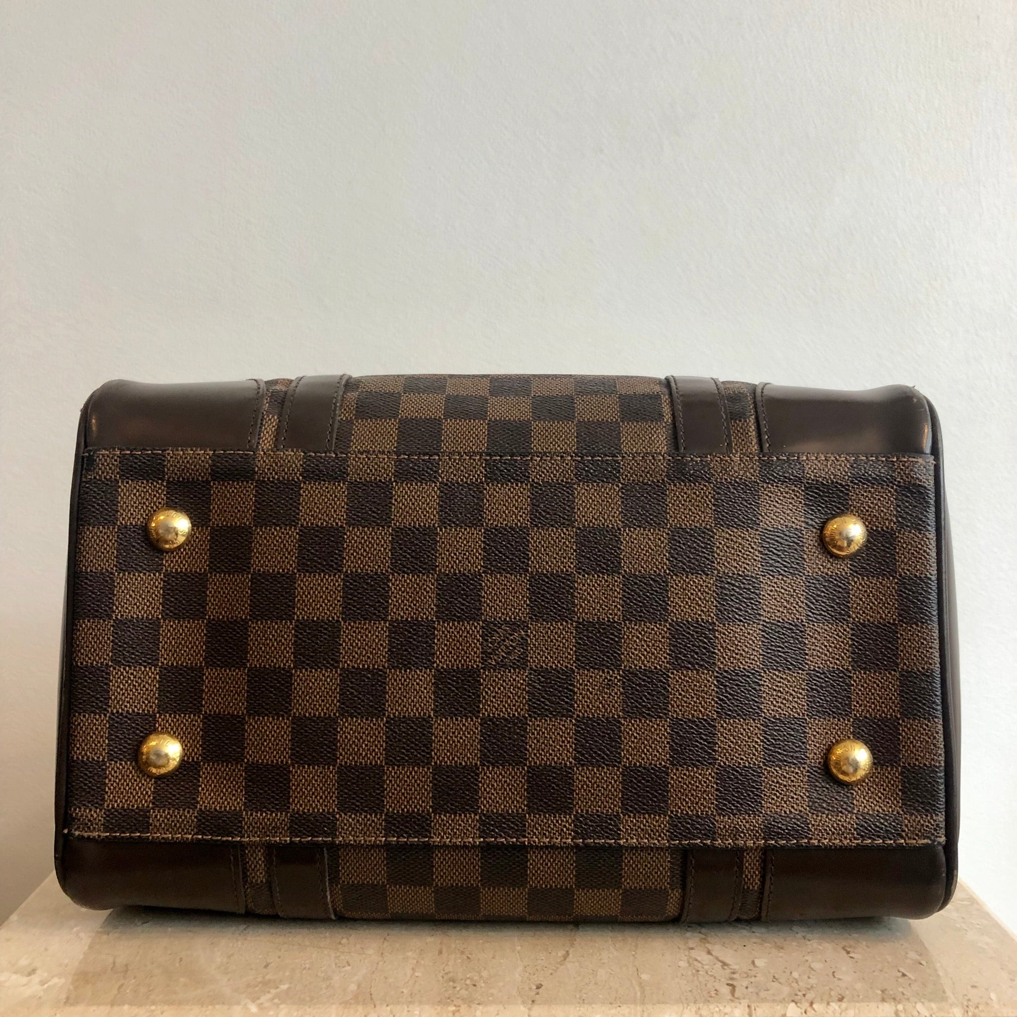 Authentic LOUIS VUITTON Berkely Damier Bag