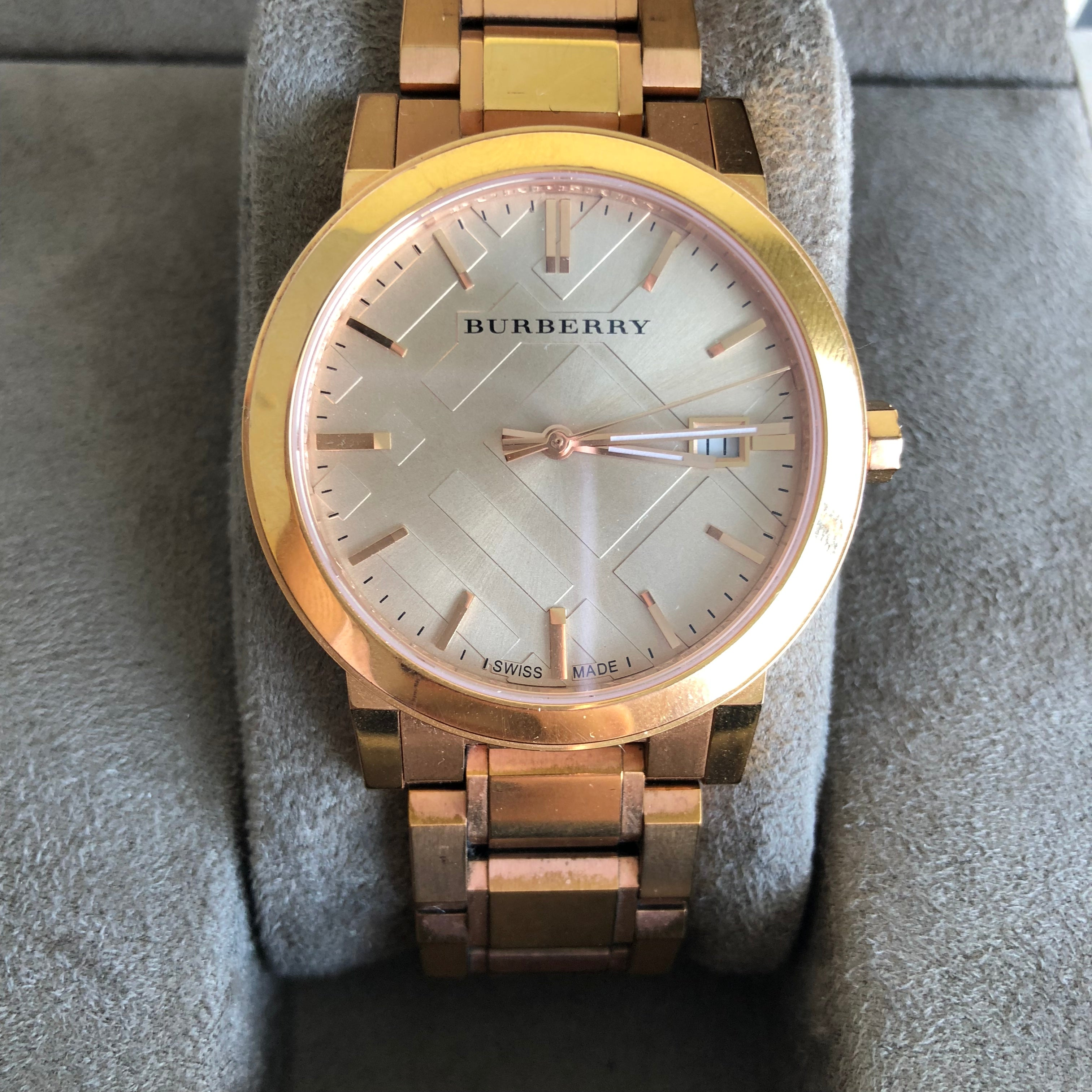 Authentic BURBERRY Rose Gold Watch BU9034