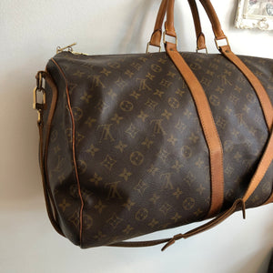 Authentic LOUIS VUITTON Vintage Bandoulier 55