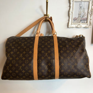 Authentic LOUIS VUITTON Bandoulier 55