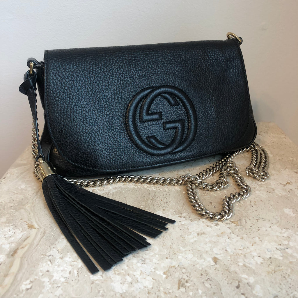 284af0df14e3 Authentic GUCCI Soho Clutch with Chain Bag