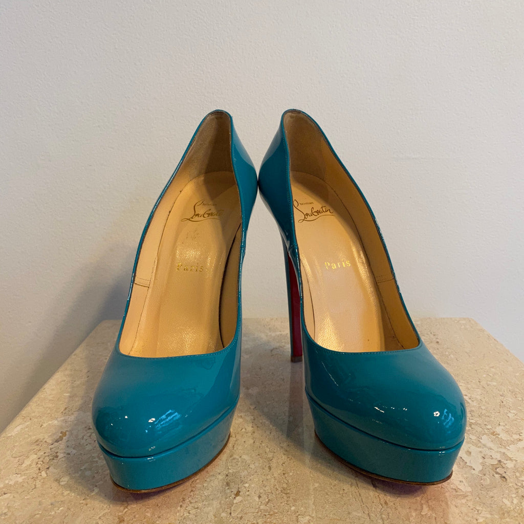 Authentic CHRISTIAN LOUBOUTIN Turquoise Patent Pumps Size 11